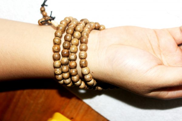 Vietnam agarwood Beaded Bracelet – Natural agarwood mala Beads Bracelet – Agarwood Meditation mala Beads – aloeswood Beads Bracelet – Tibetan mala Prayer Beads - agarwood Prayer 108 beads