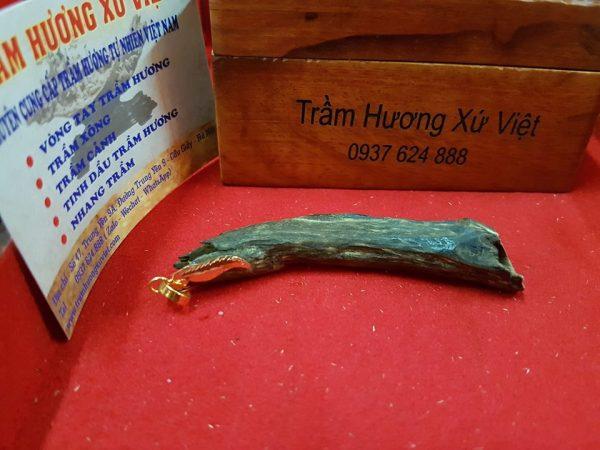 Viet Nam Natural Sinking Agarwood Necklake Pendant