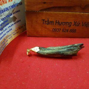 Viet Nam Natural Sinking Agarwood Necklake Pendant 1