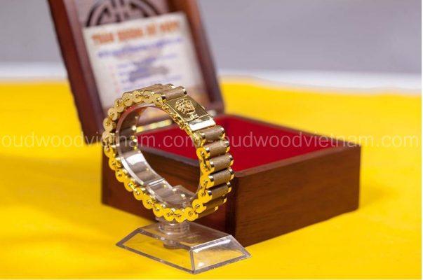 agarwood bracelet - oudwoodvietnam.com