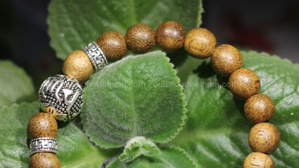 Natural Agarwood Mala Bead Bracelet For Baby - Anti Ghost - Mix Charm Silver 925 - OM MANI PADME HUM - oudwoodvietnam.com